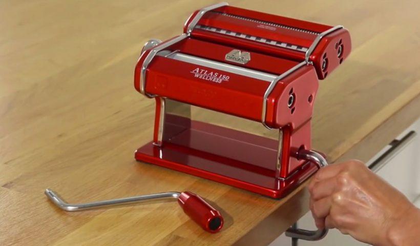machine à pate manuelle pour spaghetti