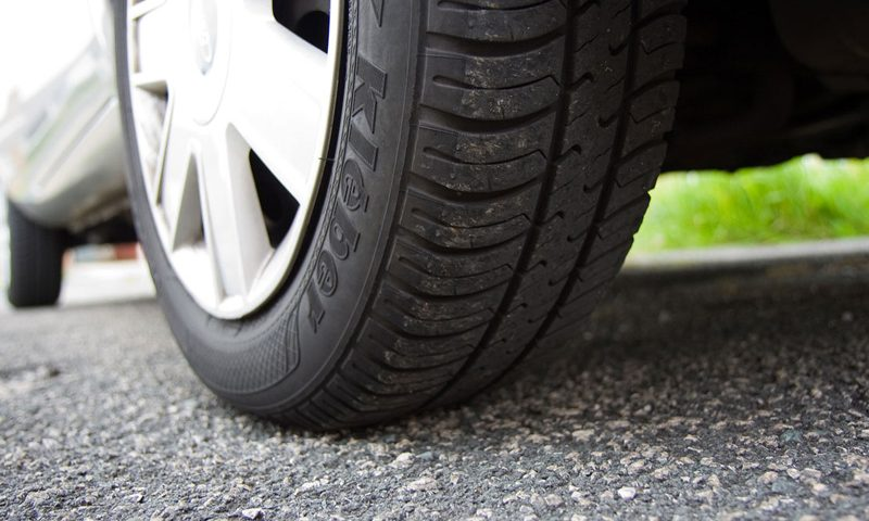 pneu d'une voiture